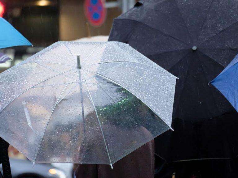 原付を雨ざらしの場所に置いておくとどうなる